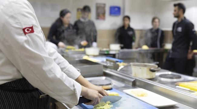 Gastronomi ve Mutfak Sanatları BölümüTURAK Tarafından Akredite Edildi