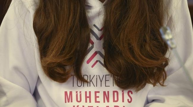 """Bakan Selçuk: """"Türkiye'nin Mühendis Kızları Projesi ile 75 Lisede 22.500 Öğrenciye Ulaştık"""""""