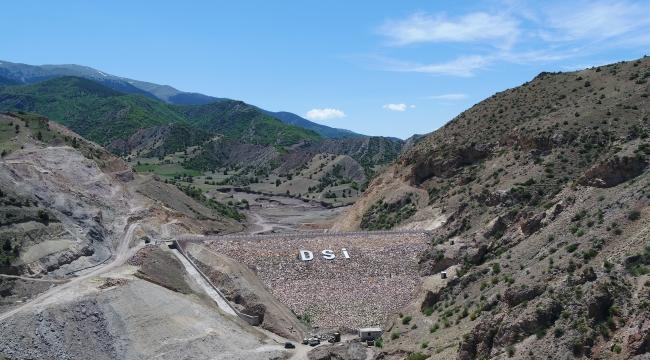 Şenkaya Sarıyar Barajında Çalışmalar Aralıksız Sürüyor