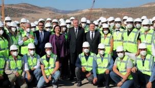 Cumhurbaşkanı Erdoğan, Akkuyu Nükleer Güç Santrali sahasında incelemelerde bulundu