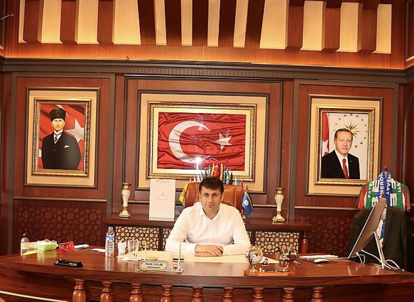 Çat Belediye Başkanı Melik Yaşar'dan 15 Temmuz Mesajı